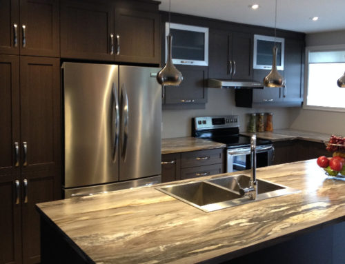 Polyester kitchen with laminated counter